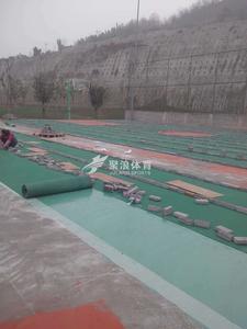 重庆八中篮球场施工